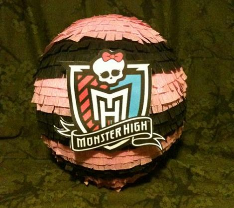 Monster Hight piñata