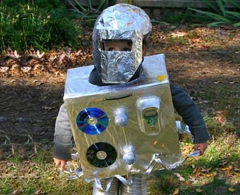 disfraces reciclados halloween robot