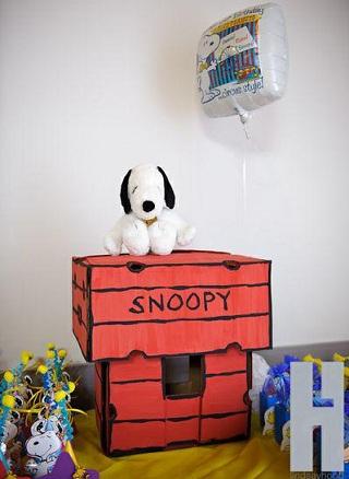 cumpleaños un año snoopy caja