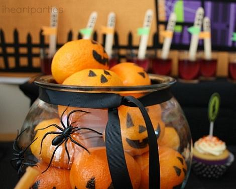 fiesta halloween niños naranjas
