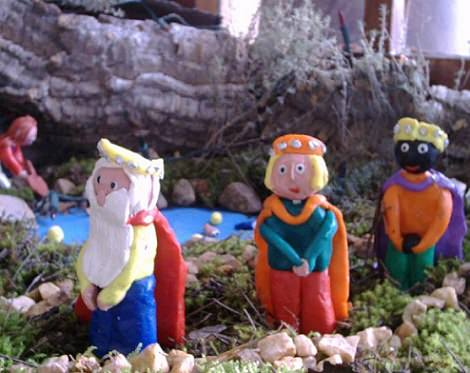 reyes magos de plastilina
