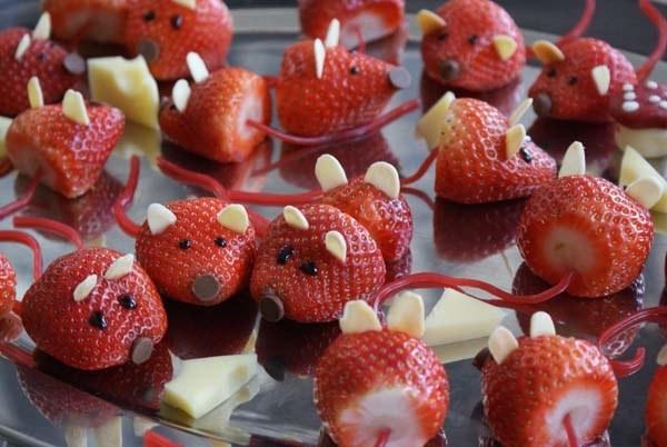 decoracion-original-con-fresas-para-ninos