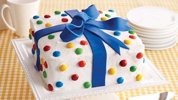 tarta-regalo-para-una-fiesta-infantil