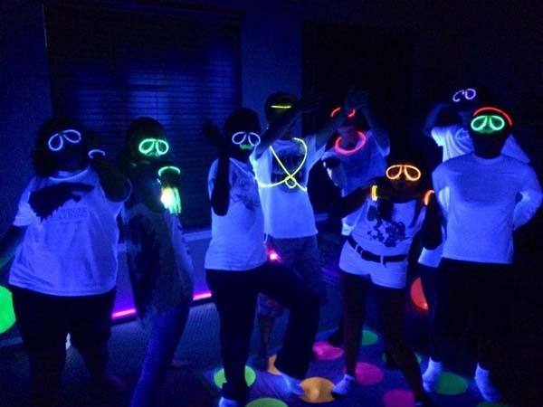 fiesta-de-neon-para-ninos